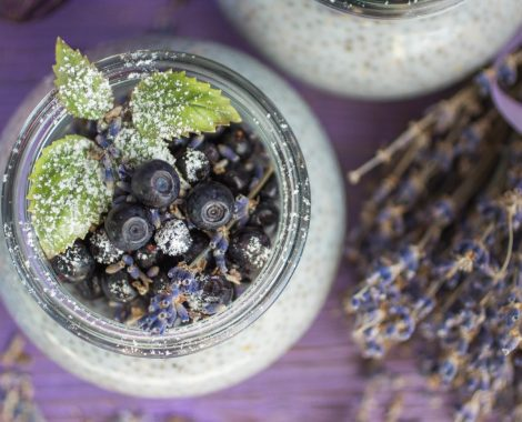 A-pudding-with-Chia-seeds-blu
