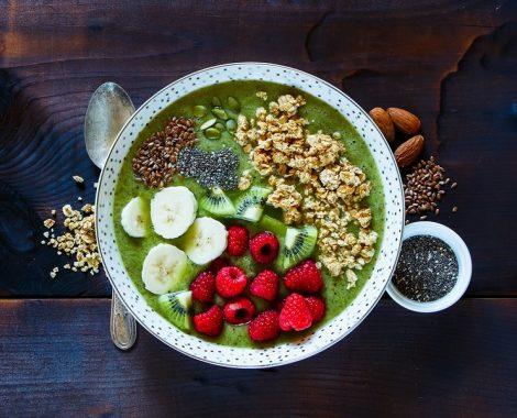 Breakfast-Kiwi-Smoothie